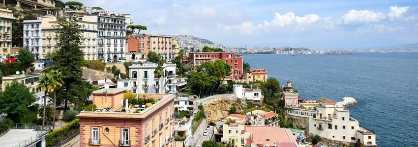 Hotely v Neapol